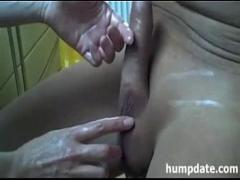 Cool video link category cumshot (198 sec). Wife gives good handjob with happy ending.